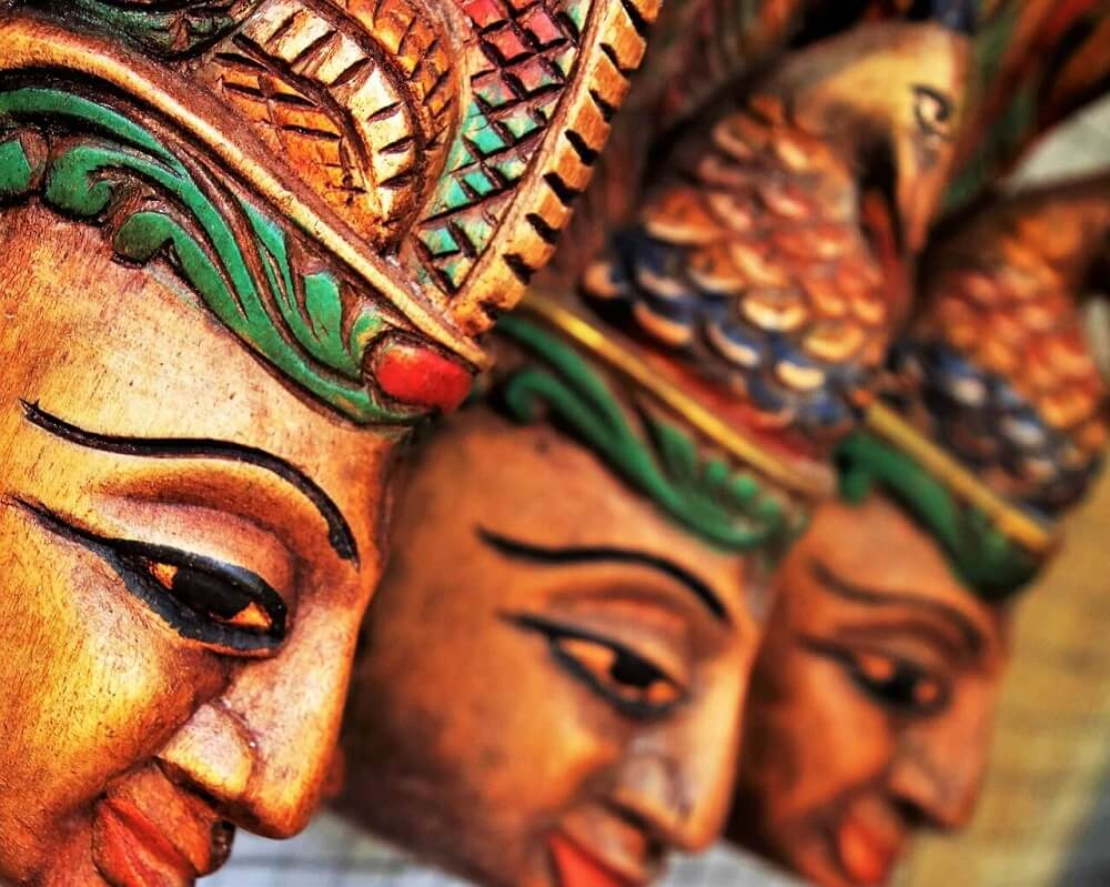 Sculpture of faces, Sri Lanka culture
