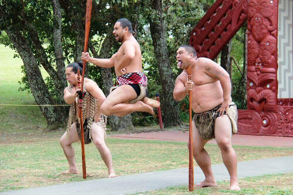 Maori Hakka - New Zealand Culture