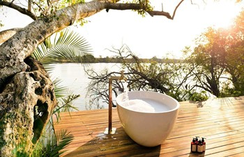 Ila Safari Lodge Kafue Zambia - Outside Bathtub