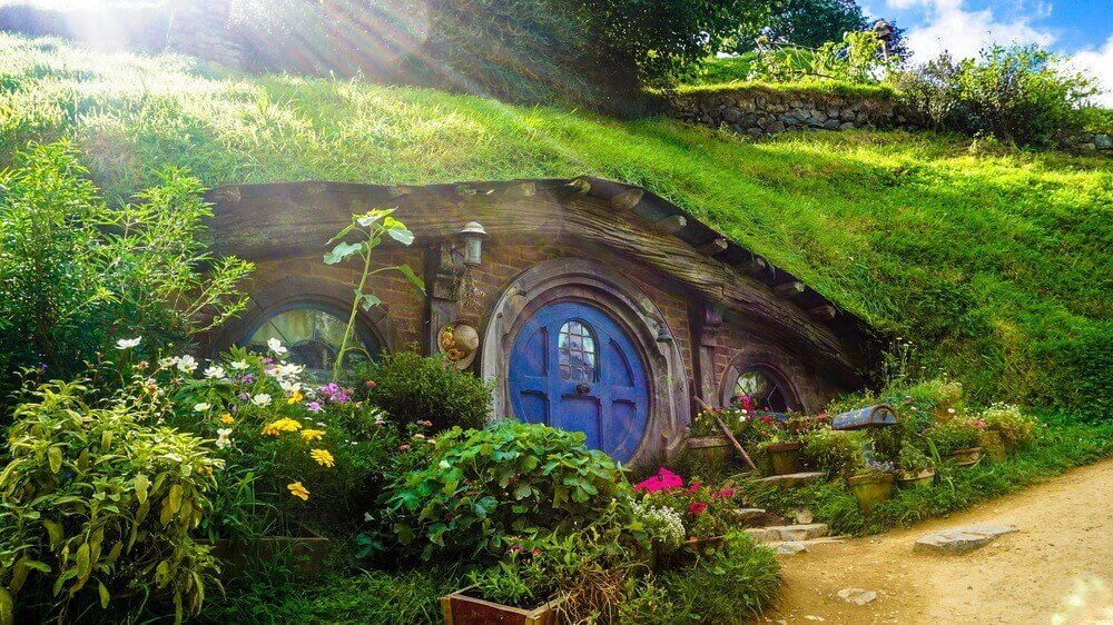 the shire hobbiton movie set the lord of the rings the hobbit new zealand