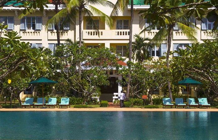 Raffles Grand d'Ankor outdoor pool