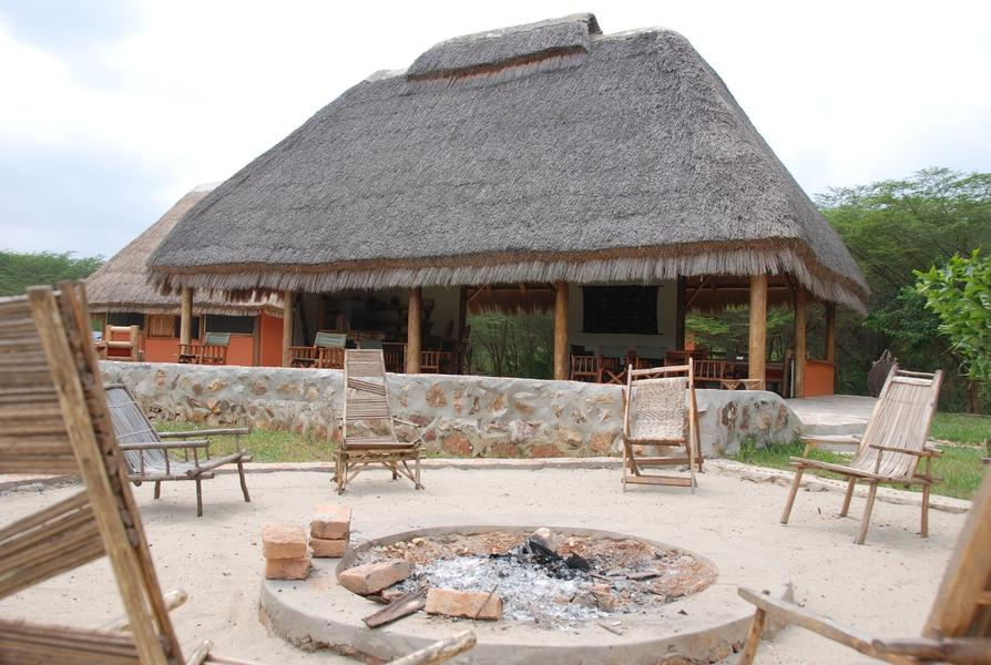 Enjojo Lodge in Ishasha