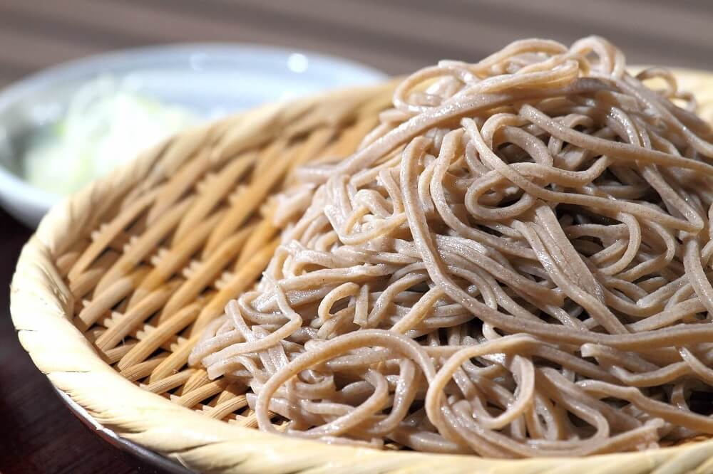 Japan Food Guide - cold buckwheat soba noodles