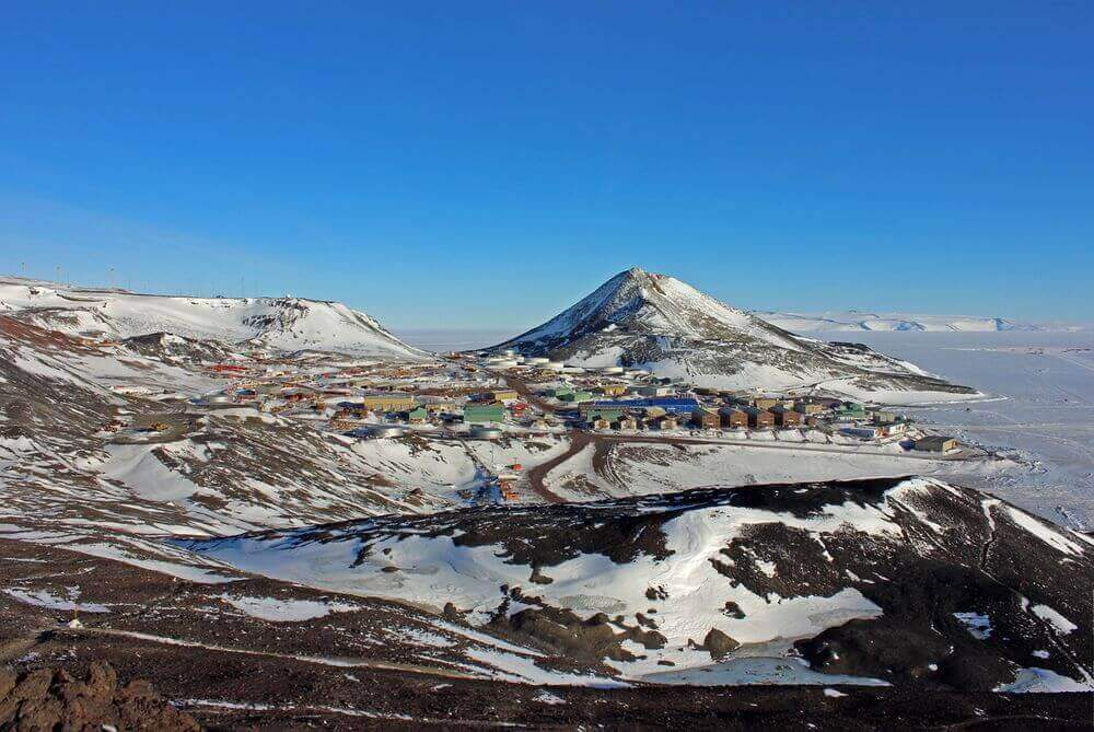 scientist camp in the mcmurdo dry valleys antarctica