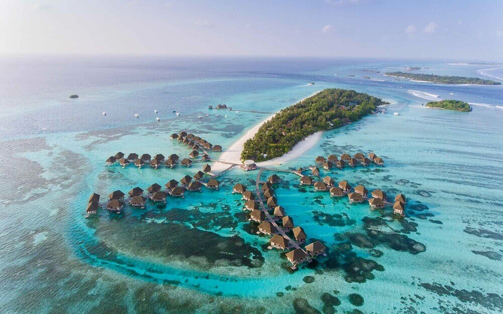 Luxury Maldives water villas for honeymoons
