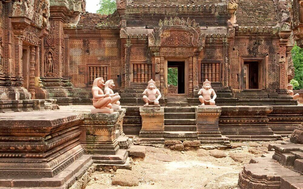 Banteay Srei statues in Angkor Cambodia