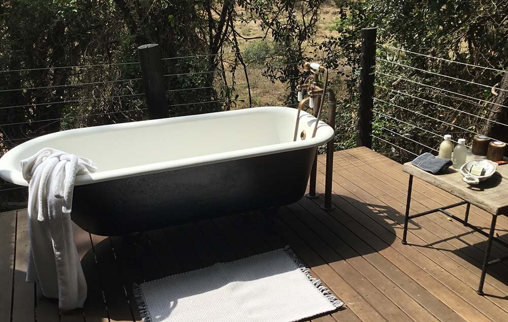 Jock Safari Lodge outdoor bath tub